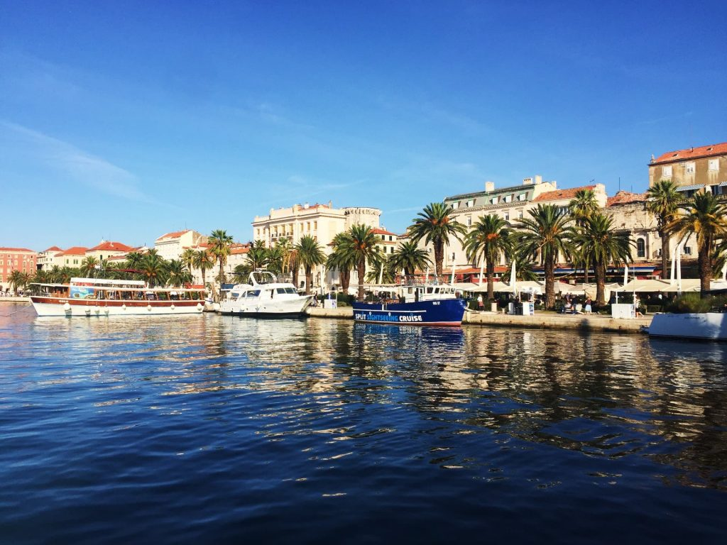 The Riva in Split, Croatia - How to get from Split Airport to Split City Centre by Airport Shuttle Bus?